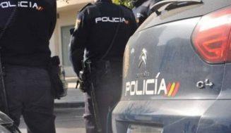 La Policía Nacional detiene a una pareja como presuntos autores de un robo en interior de vehículo