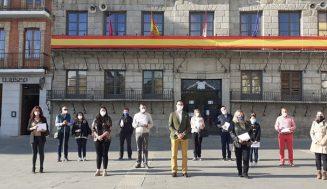 El Ayuntamiento de Medina del Campo facilita la vuelta al cole con la entrega de los bonos escolares