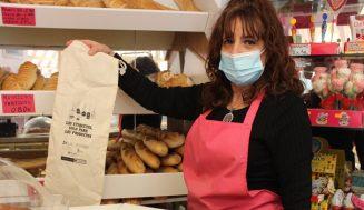 Cruz Roja en Valladolid divulga la campaña  'Las etiquetas, sólo para los productos'