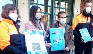 La Junta distribuye pegatinas informativas con código QR  para las mesas de las terrazas, dentro de la campaña 'Si te cuidas, me cuidas'