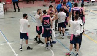 YouAuto Aldeamayor brinda a su afición un contundente triunfo ante Seguros Bilbao