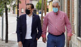 El alcalde de Megeces pide al presidente de la Diputación ayuda para finalizar la pavimentación de las calles del municipio